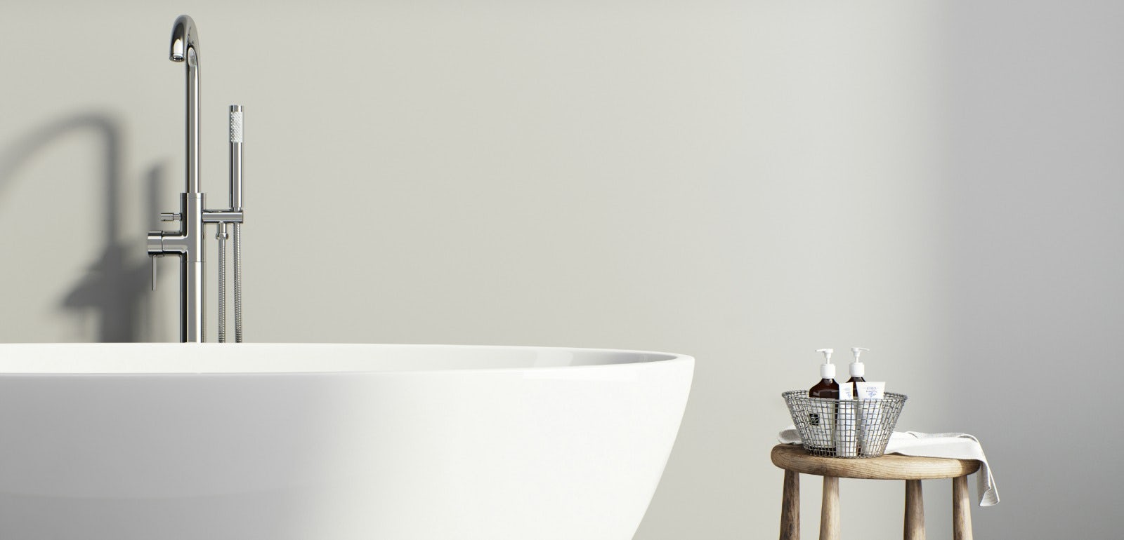 What Exactly is a Slipper Bath? | VictoriaPlum.com