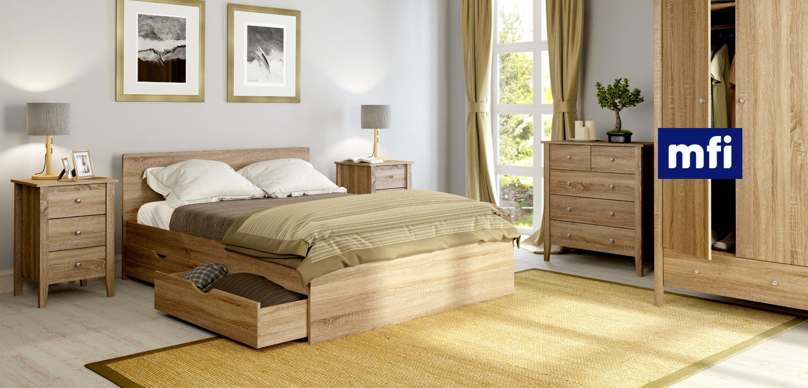 Bedroom with oak furniture
