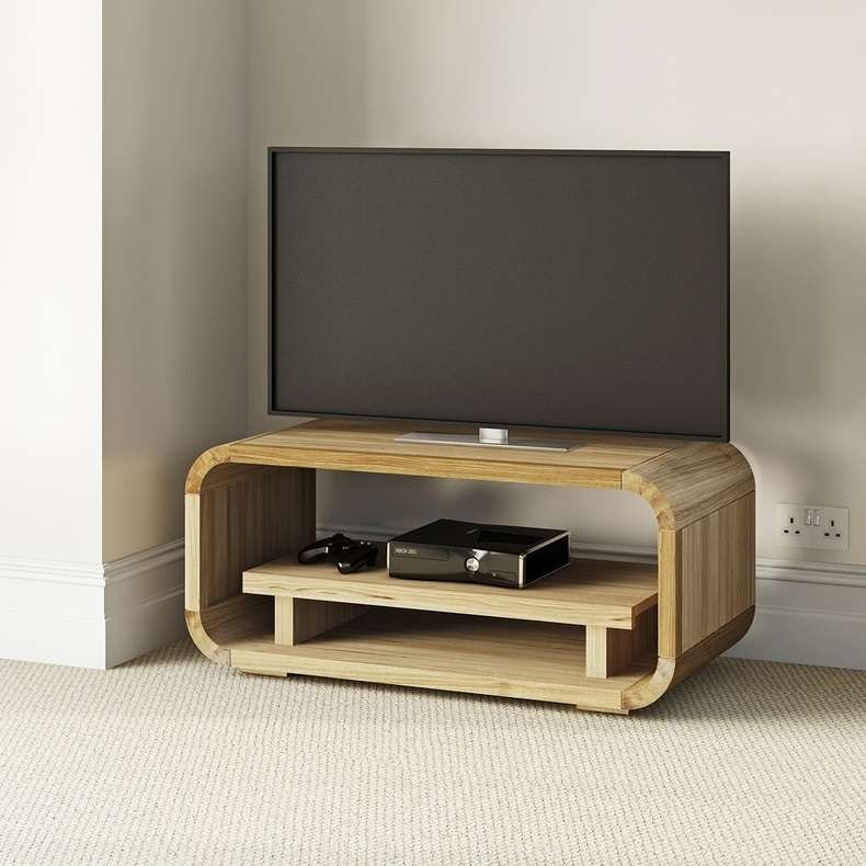 Oscar oak storage table