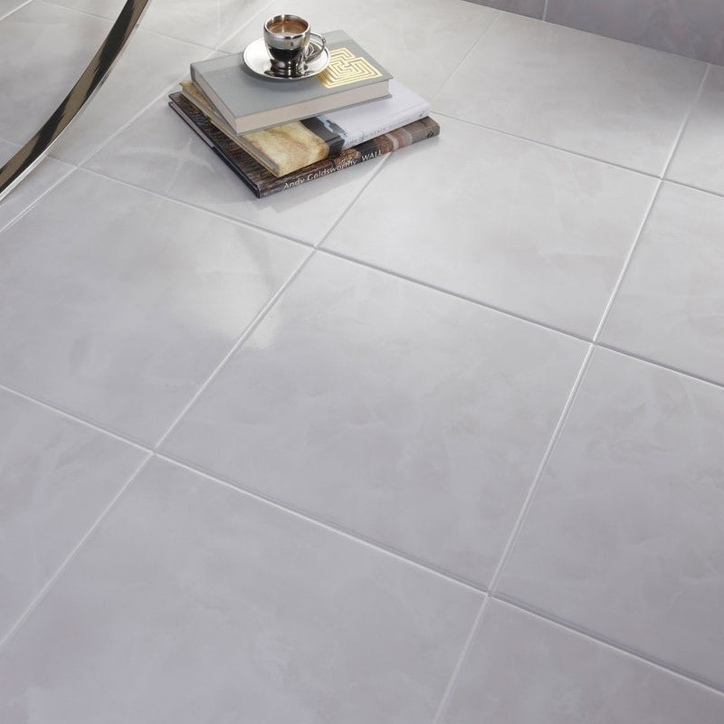 White gloss floor tile