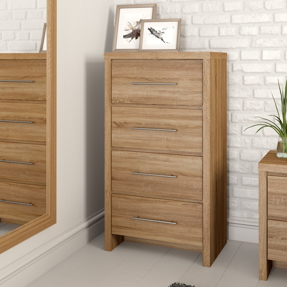 Oak 4 drawer tall chest