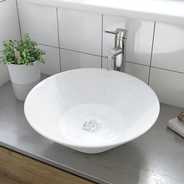 Erie countertop basin with waste