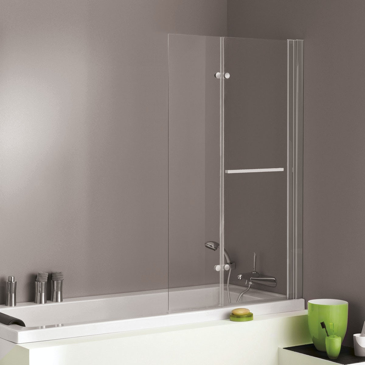 Jacuzzi Essentials double hinged shower bath screen
