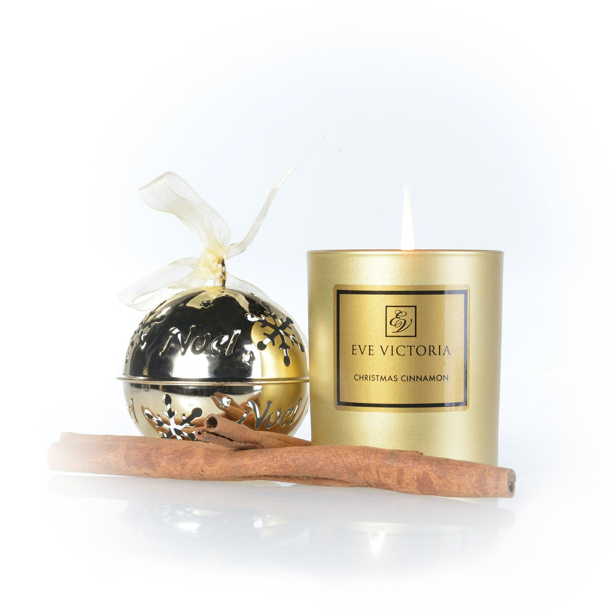 Eve Victoria Christmas cinnamon large candle 30cl