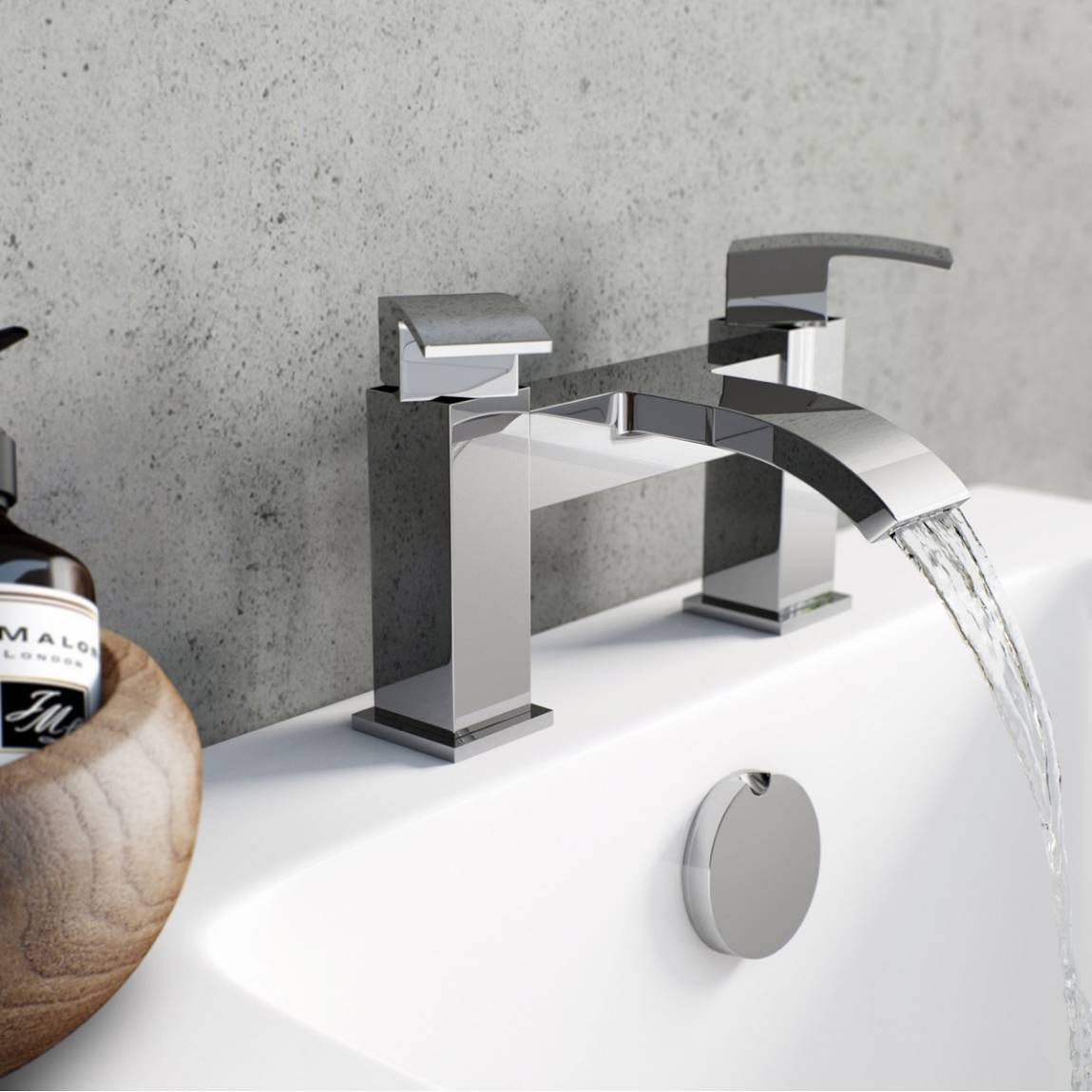 Wye Bath Mixer