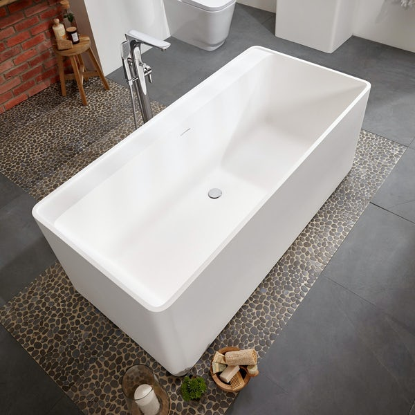 Belle de Louvain Carpi solid surface stone resin freestanding bath