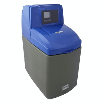 BWT Luxury Water softener 14 litre with installation kit