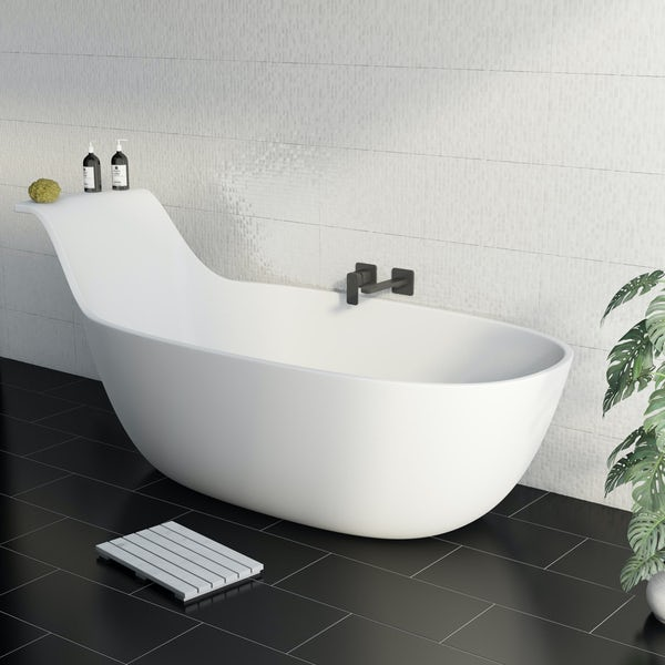 Belle de Louvain Barocci solid surface freestanding bath