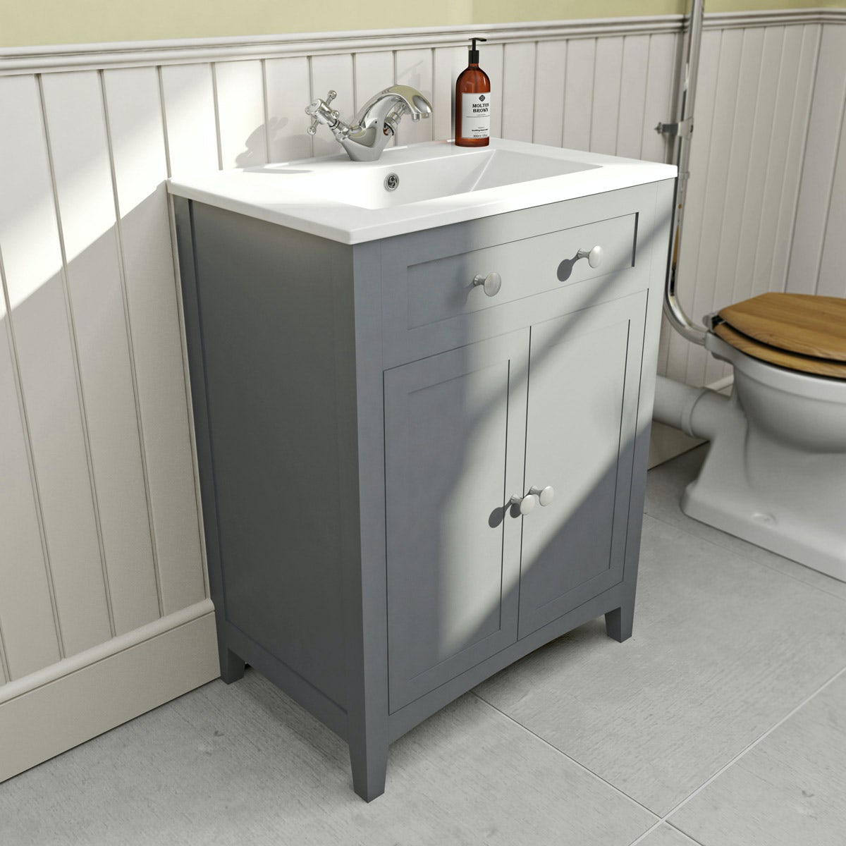 Camberley Grey 600 Floor Door Unit & Basin