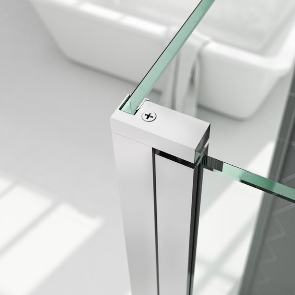 Mode 8mm wet room panel with hinged return panel