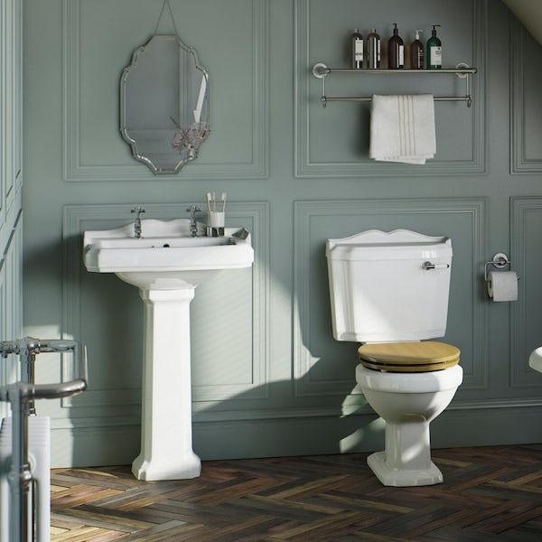 Winchester Bathroom Suite (oak seat)