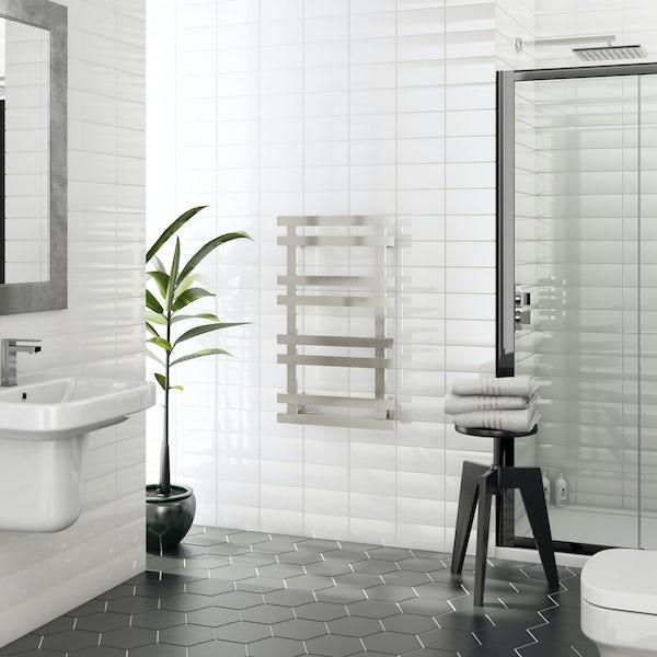 Daisy 8 bar heated towel rail 840 x 500