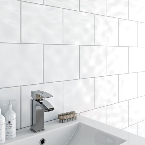 Simplicity bumpy white gloss tile 200mm x 250mm