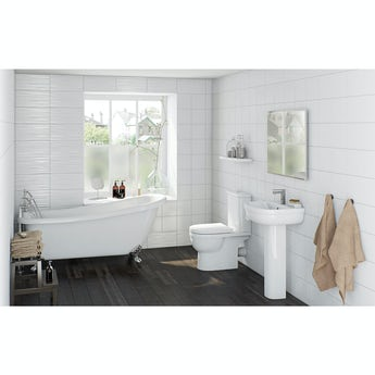Deco bathroom suite with Winchester slipper bath 1540 x 720