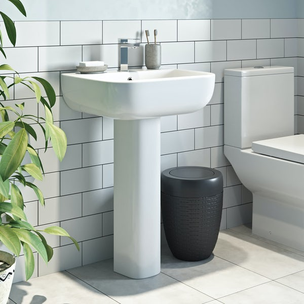 RAK Series 600 full pedestal basin with 1 tap hole 520mm