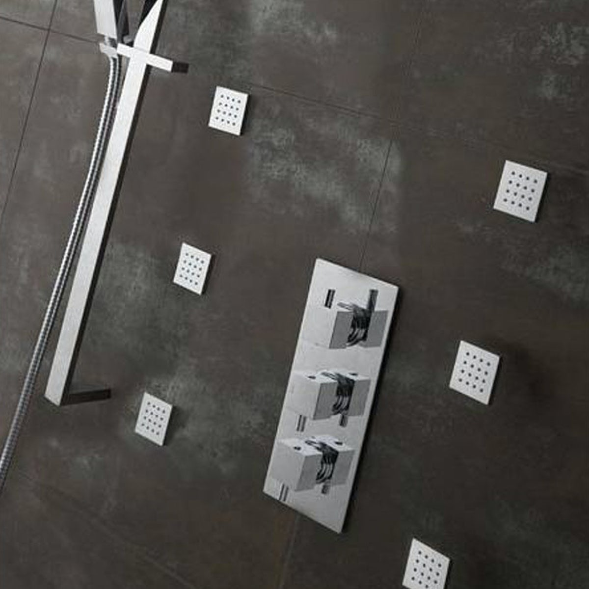 Mode Square shower body jet | VictoriaPlum.com