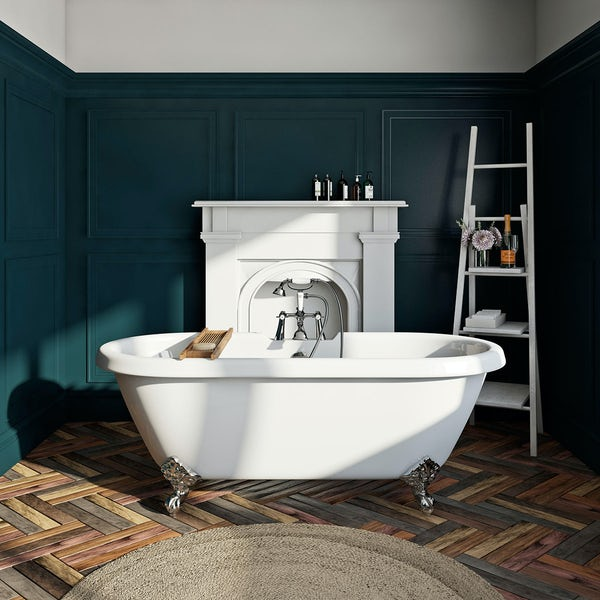 Dulwich Roll Top Bath Small with Ball Feet