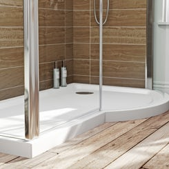 P shaped right handed shower tray 1500 x 900