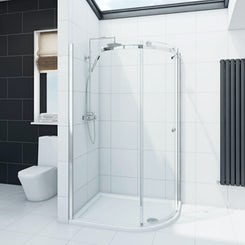 Infiniti 8mm single sliding door right handed quadrant shower enclosure 900 x 760 offer pack