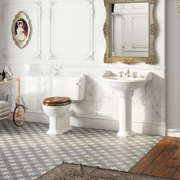 Belle de Louvain Charlet close coupled toilet and full pedestal suite with chrome fittings and taps