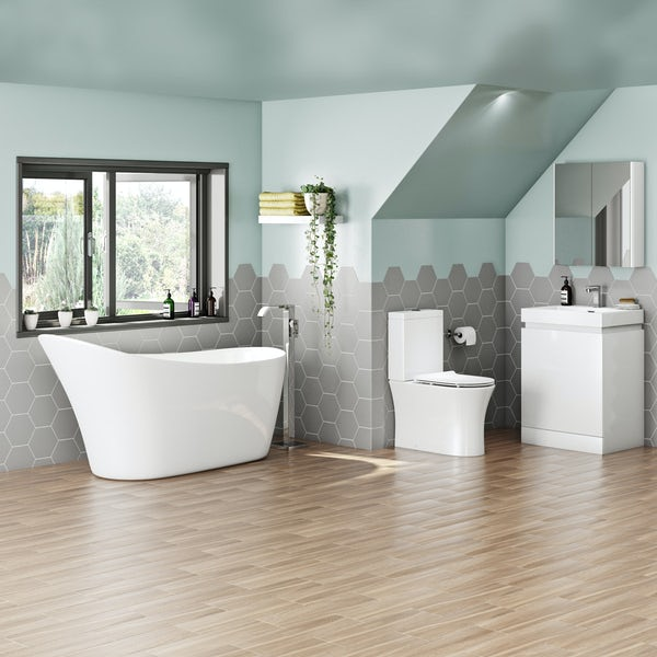 Mode Hardy complete freestanding bath suite