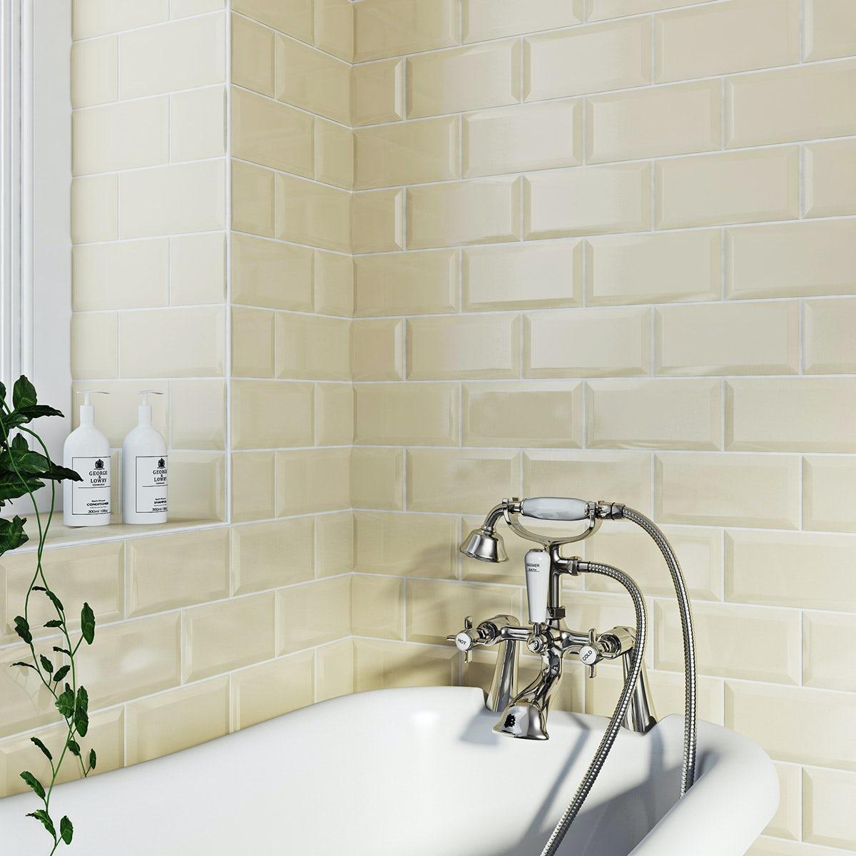 How To Put Up Tiles In A Bathroom: British Ceramic Tile Metro Bevel Cream Gloss Tile 100mm X