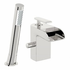 Reinosa waterfall bath shower mixer tap