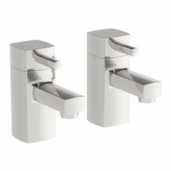 Osca bath pillar taps