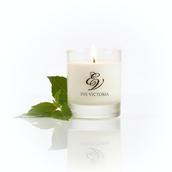 Eve Victoria Oud & bergamot small candle 20cl