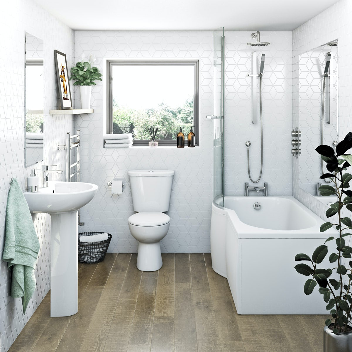 Which Is Better A Bath Or Shower: Clarity Bathroom Suite With Left Handed P Shaped Shower
