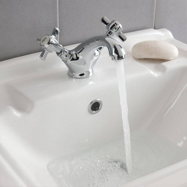 Dulwich Basin and Bath Shower Mixer Pack