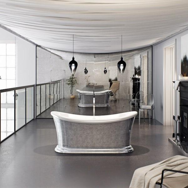 Belle de Louvain Charlet bath