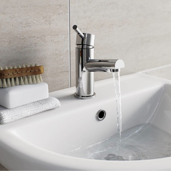 Matrix basin and bath mixer tap pack