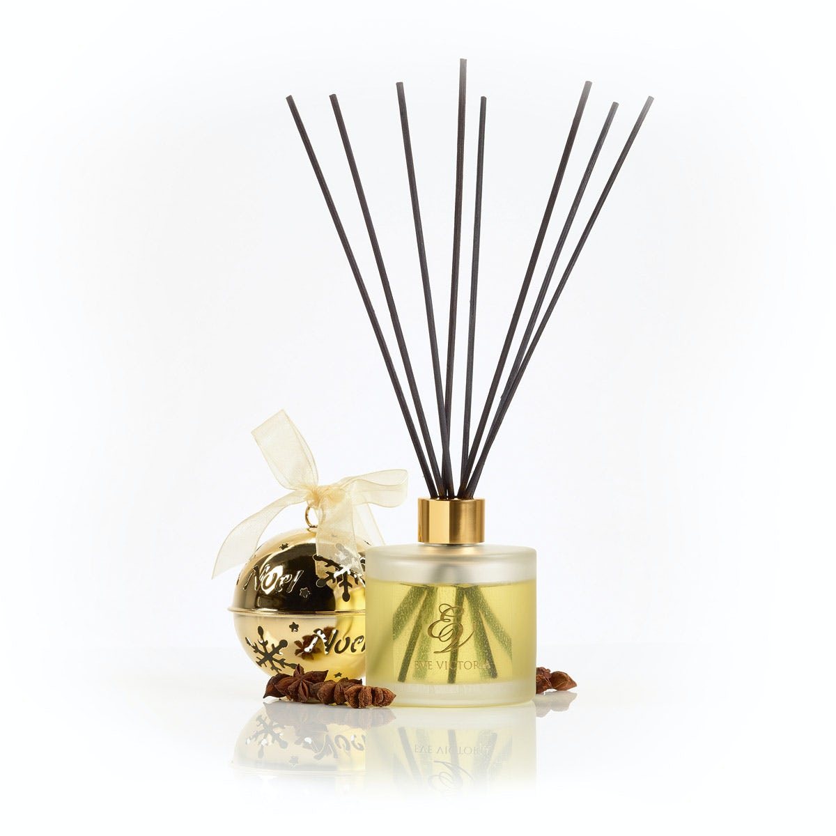 Eve Victoria Christmas eve reed diffuser 150ml